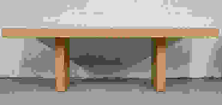 Sabbia Desk : modern  by Aguirre Design , Modern