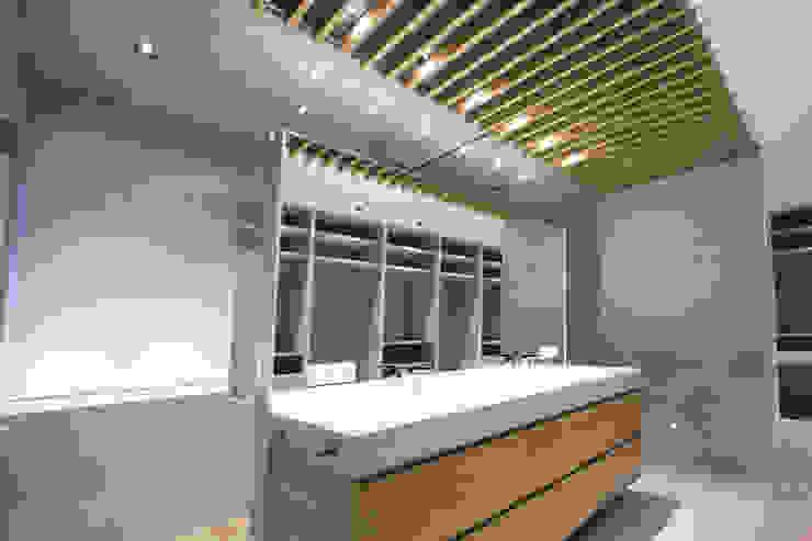Modern Banyo Bocetto Interiorismo y Construcción Modern
