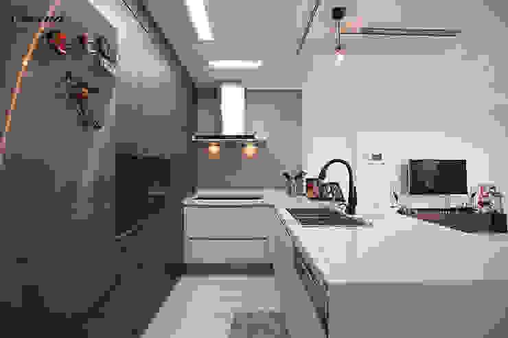 cocina Modern kitchen Grey