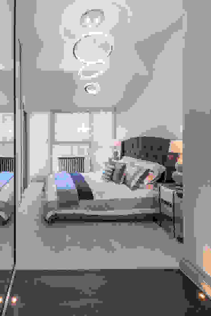Bachelor Pad – Hyde Park Prestige Architects By Marco Braghiroli Cuartos de estilo clásico