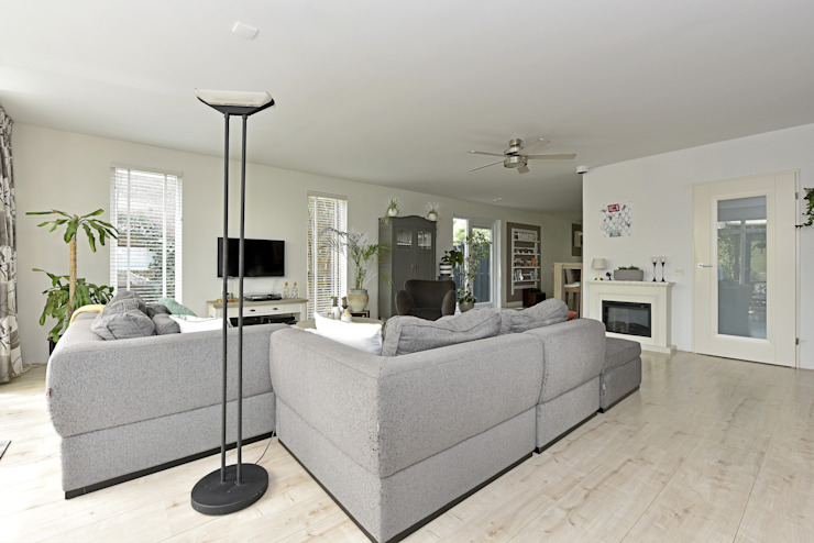 Home staging Portfolio: modern  by Miranda Home Staging and Photography, Modern