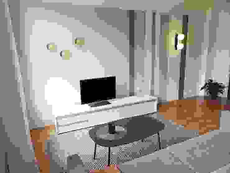 3 pièces - Fontenay-sous-Bois: Salon de style  par Sandrine Carré, Scandinave