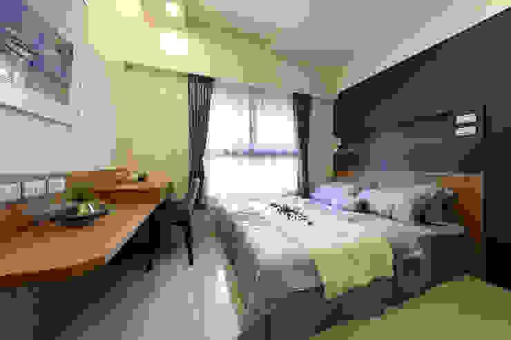 臥室A Modern Bedroom by 見本設計 Modern