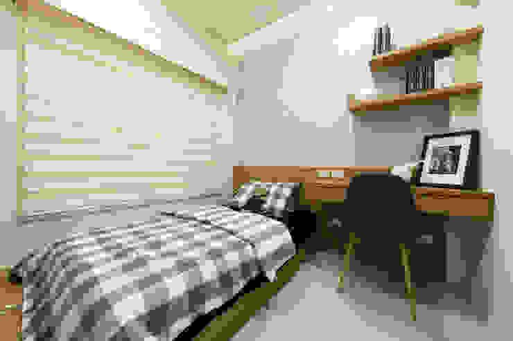 臥室C Modern Bedroom by 見本設計 Modern