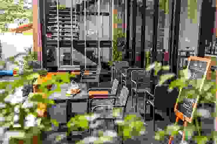 NIKKO CAFE โดย Stushio Design