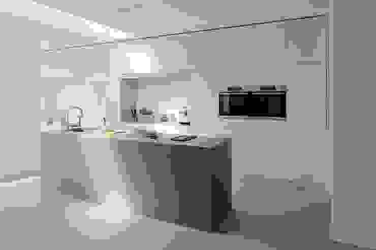 Cozinhas modernas por Koen Timmer Moderno