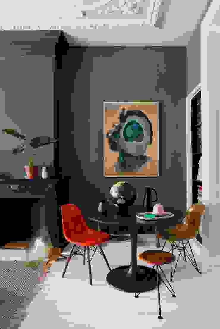 에클레틱 다이닝 룸 by FORM MAKERS interior - concept - design 에클레틱 (Eclectic) 플라스틱