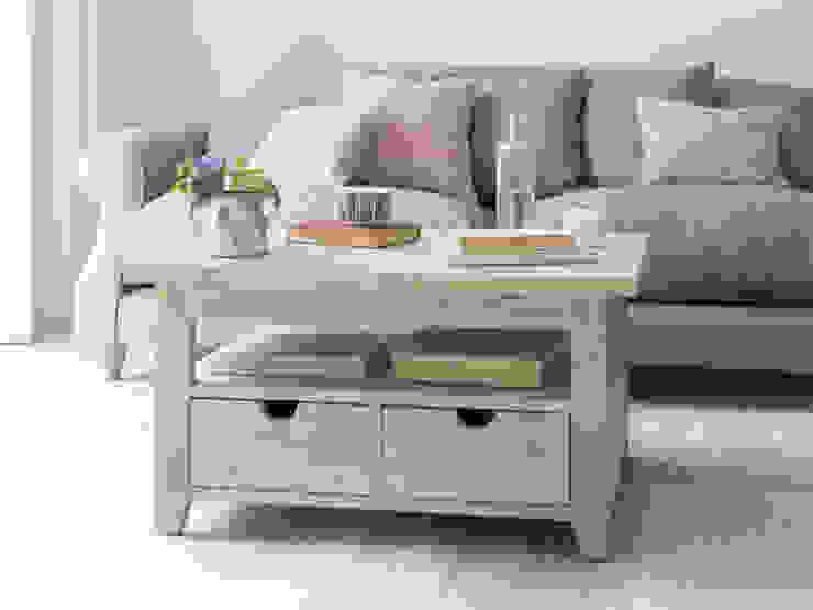 Paddler coffee table bởi Loaf Hiện đại