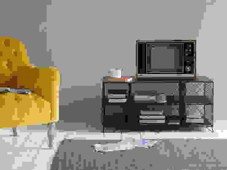 Welder TV stand Salon moderne par Loaf Moderne