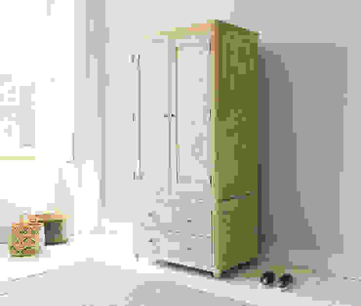 Amory wardrobe Chambre moderne par Loaf Moderne