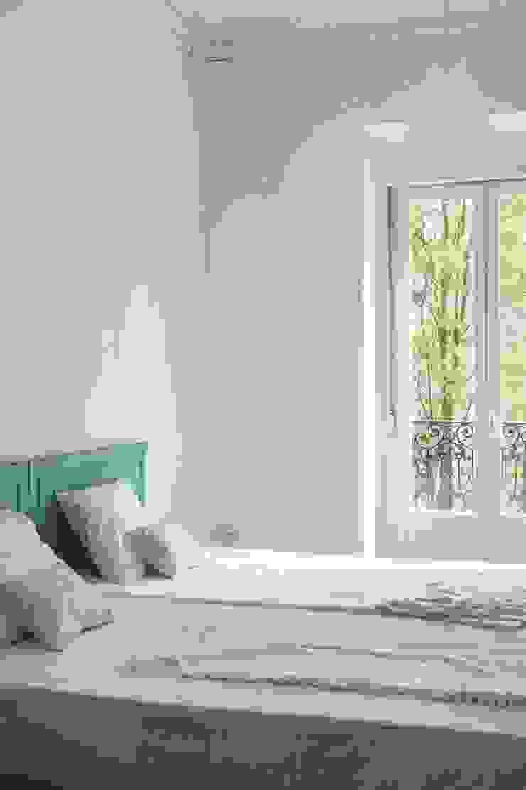 Hiruki studio Minimalist bedroom