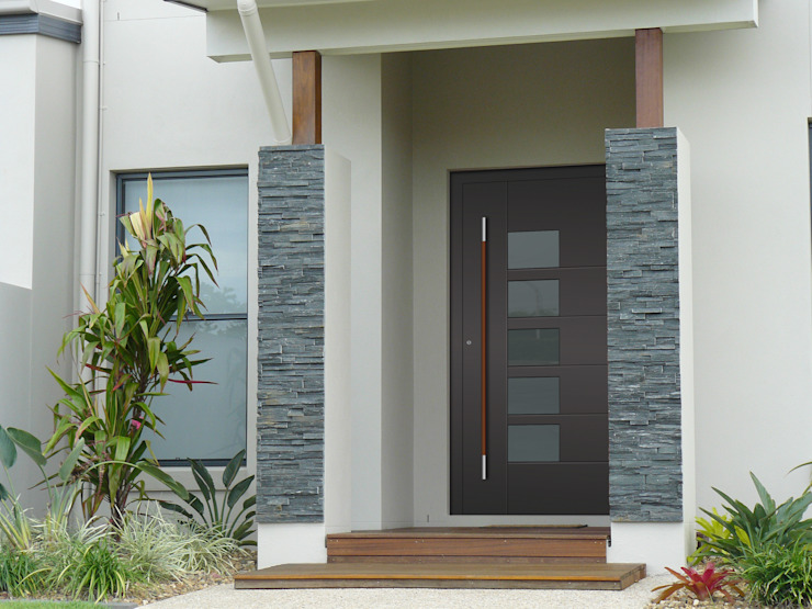 General Images の RK Door Systems モダン