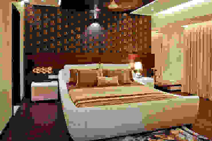 masculine retreat Modern style bedroom by UNLOCK ©™ Modern Solid Wood Multicolored