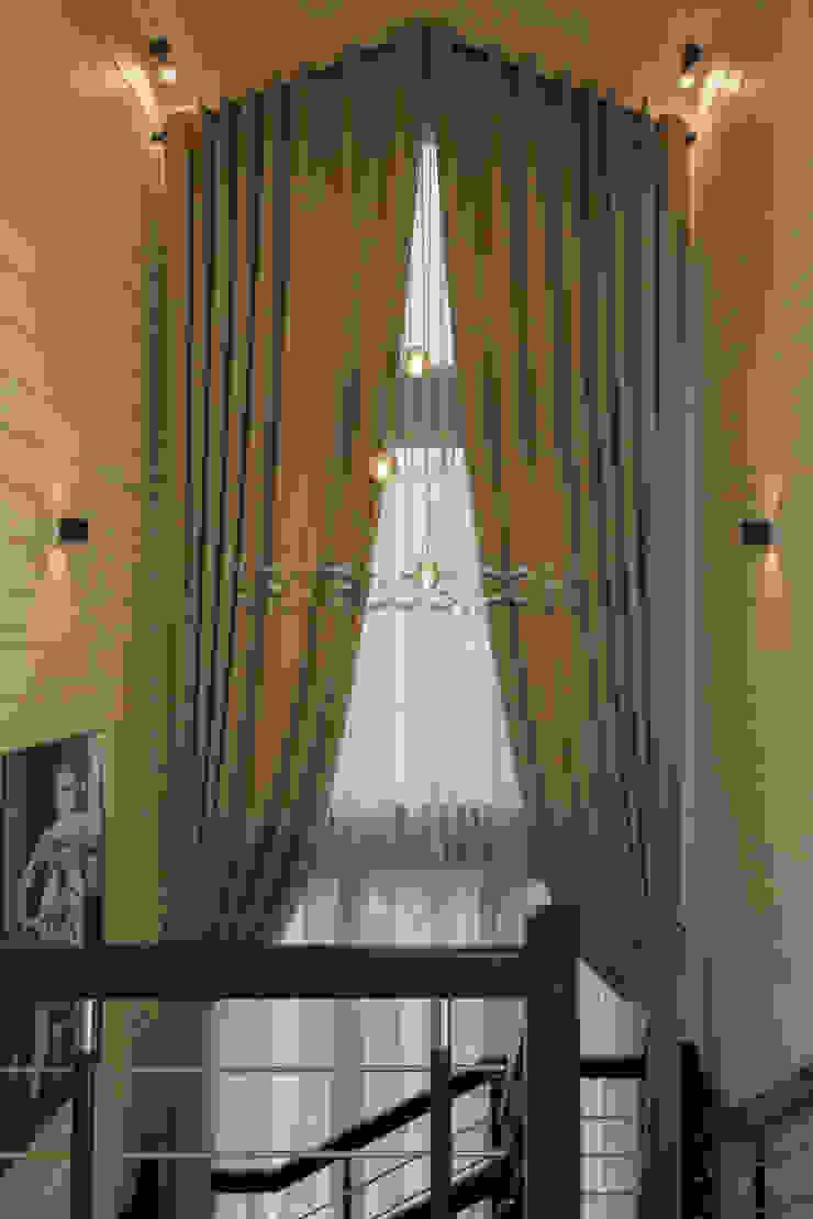 Творческая мастерская АRTBOOS Scandinavian style corridor, hallway& stairs