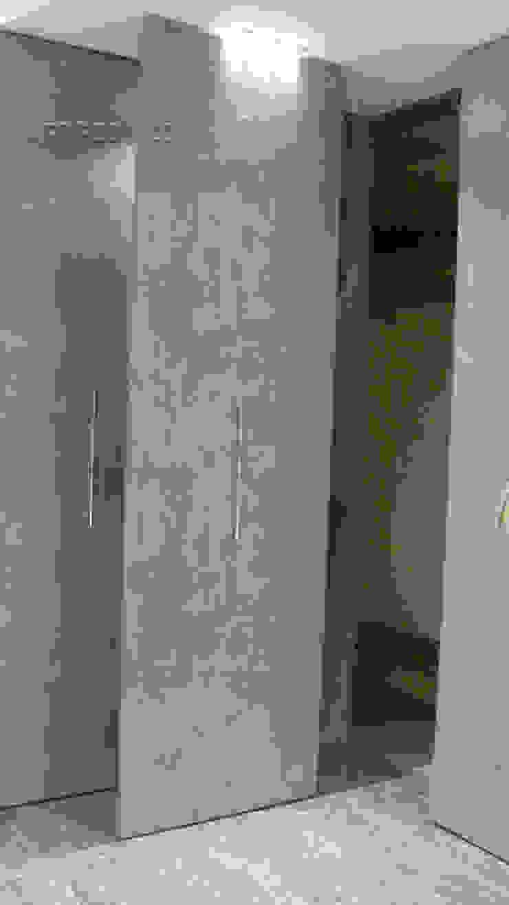 Творческая мастерская АRTBOOS Minimalist corridor, hallway & stairs