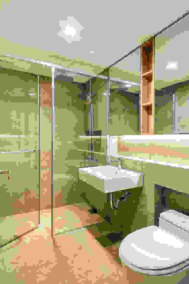 거실욕실 모던스타일 욕실 by 영보디자인 YOUNGBO DESIGN 모던