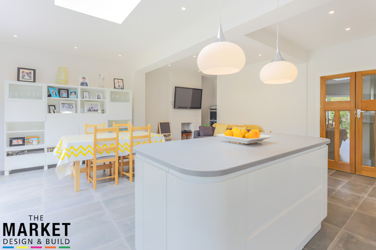 BEAUTIFUL, LIGHT KITCHEN EXTENSION IN LONDON by The Market Design & Build Modern