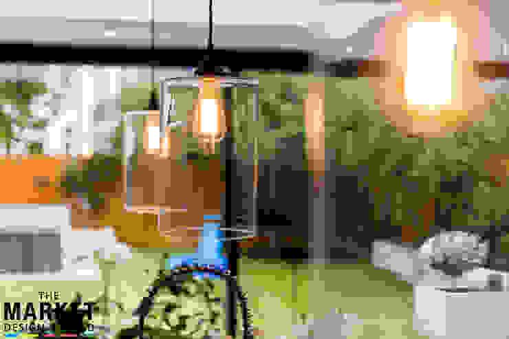 Stunning North London Home Extension & Loft Conversion The Market Design & Build Jardines de estilo moderno