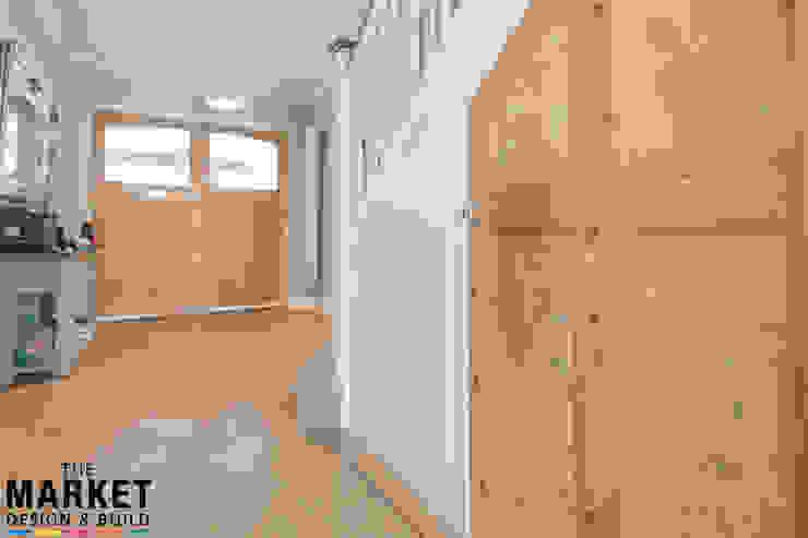 Stunning North London Home Extension & Loft Conversion The Market Design & Build Pasillos, vestíbulos y escaleras de estilo moderno
