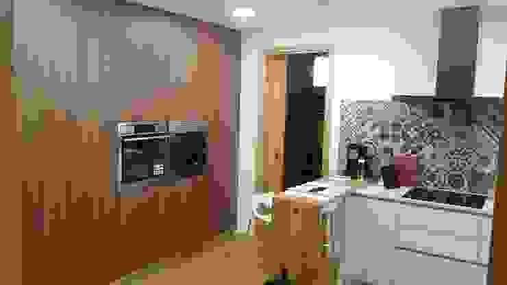 Cocinas integrales de estilo  por Rusticasa, Moderno Madera Acabado en madera