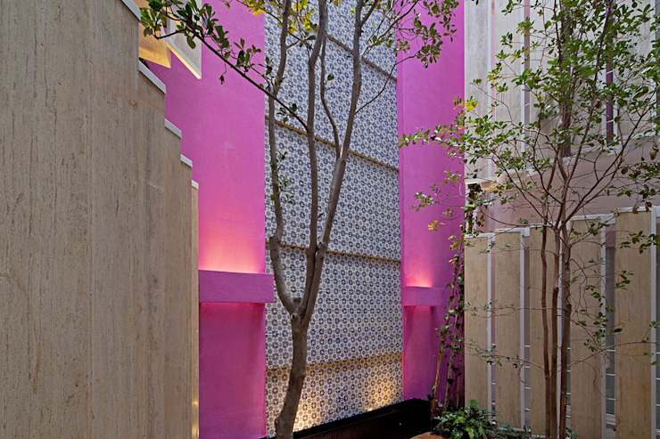 CD8 Paredes y pisos de estilo moderno de Boué Arquitectos Moderno