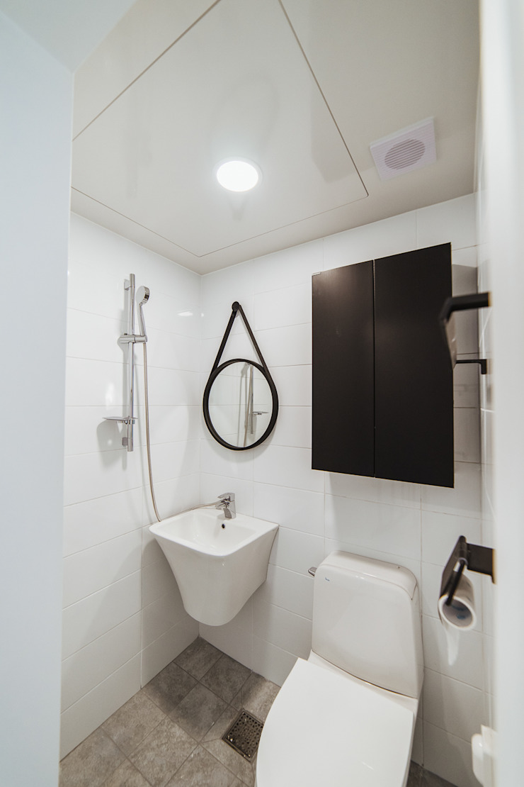 around. Park. 모던스타일 욕실 by AAPA건축사사무소 모던