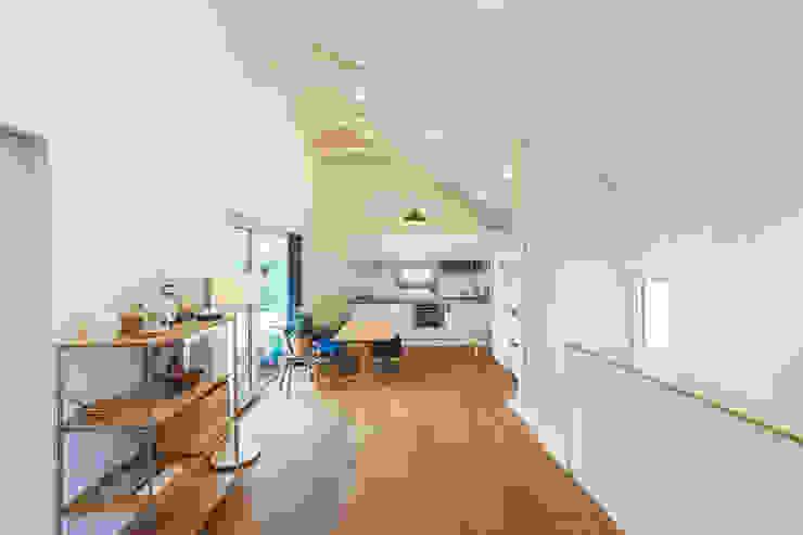 本[bon].집2 모던스타일 거실 by AAPA건축사사무소 모던