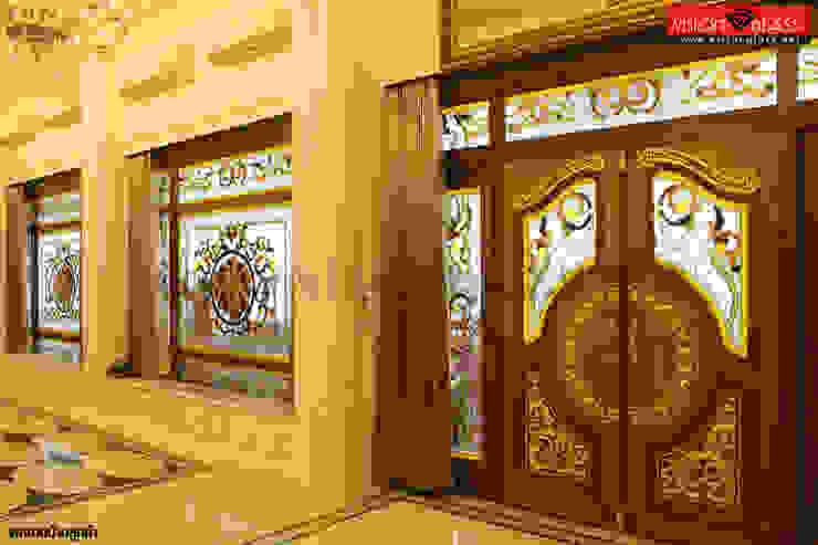 ประตูไม้สัก: ผสมผสาน  โดย บริษัท วิชั่นกลาส อินดัสทรีส์ จำกัด, ผสมผสาน ไม้จริง Multicolored