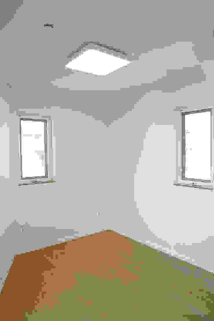 Modern style bedroom by AAPA건축사사무소 Modern
