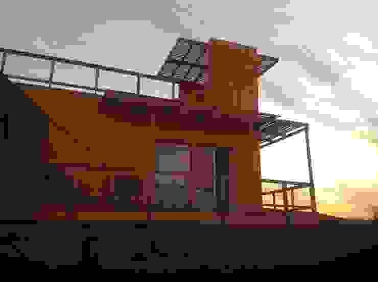Casa DOMINO Arquitectura Amanda Perez Feliú Passive house Engineered Wood Multicolored