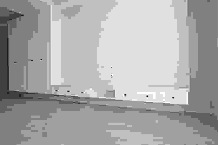 客廳/玄關 根據 ISQ 質の木系統家具 古典風