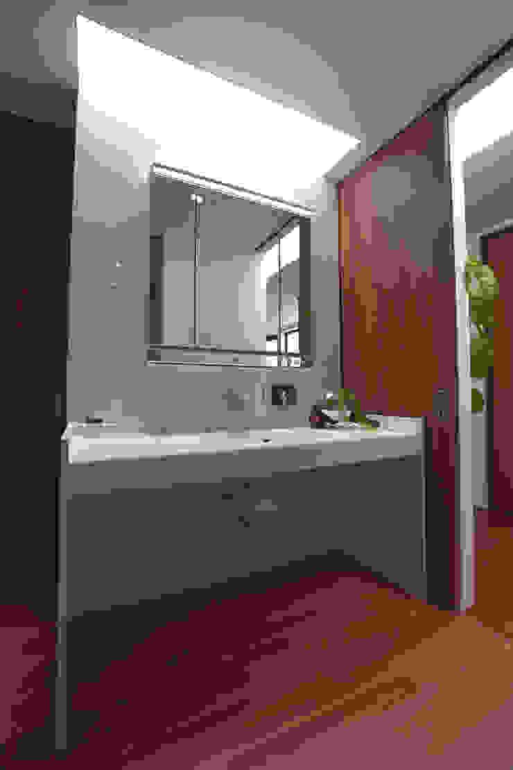 Style Create Skylight Marmer White