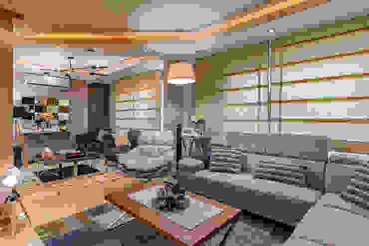 Mr.H.B. FLAT INTERIOR DESIGN ,MADINATY RayDesigns Modern living room