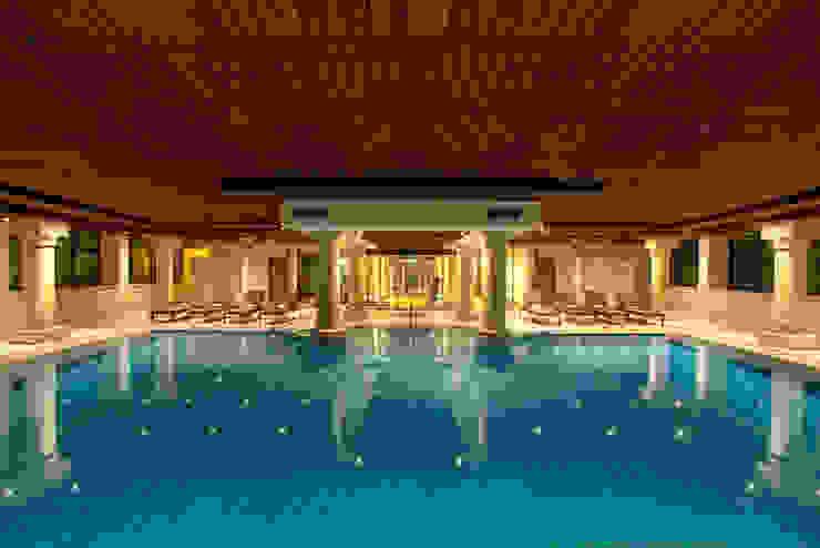 Hilton Soestduinen zwembad Moderne hotels van Loek van Walsem Fotografie Modern