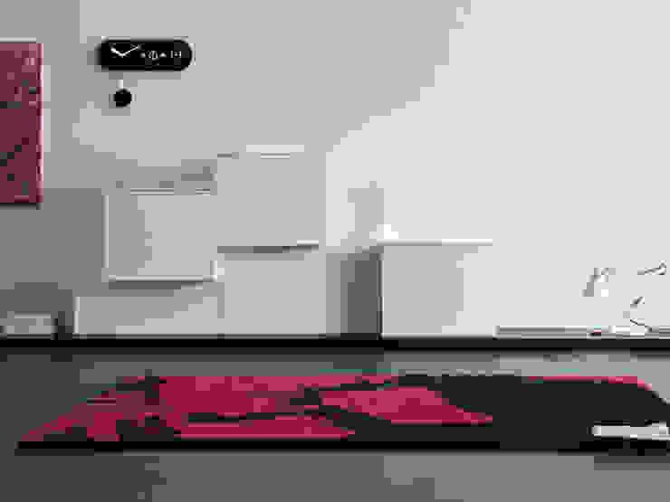Progetti Formula Wall Clock: modern  by Just For Clocks,Modern Wood Wood effect