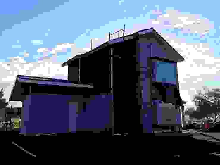 Casa botrolhue 150 m2 de AEG Arquitectura, Asesoría y Construcción. Clásico Madera Acabado en madera