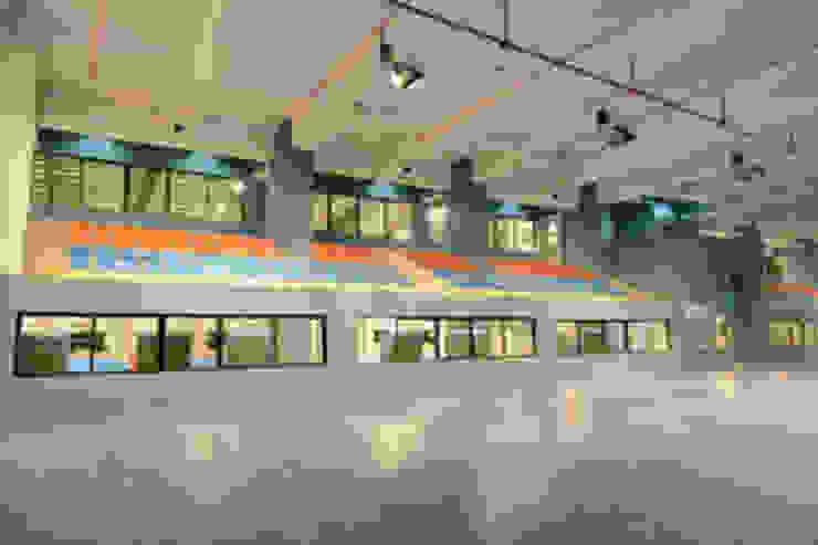 Basketball Court Modern stadiums by MRJ ASSOCIATES ARCHITECTS Modern