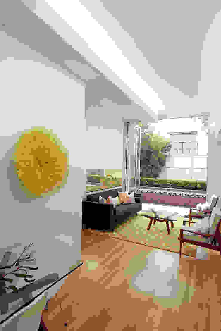 Living Room Interior Design : modern  by Atelier Lane | Interior Design, Modern Wool Orange