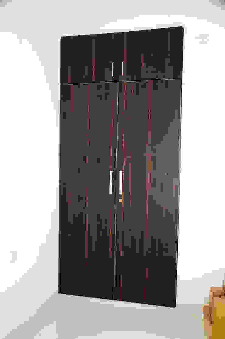Residential Interior: asian  by Azhagu Interior,Asian Plywood