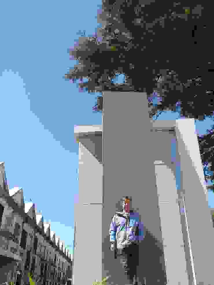 Panteon Casas modernas: Ideas, imágenes y decoración de Marcelo Manzán Arquitecto Moderno