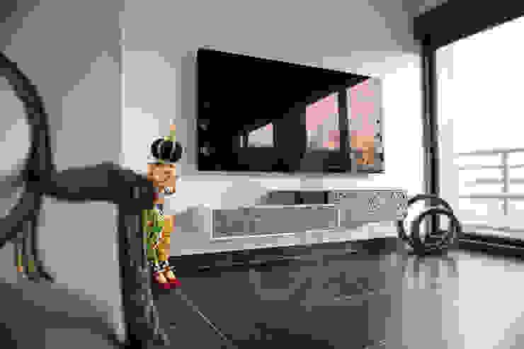meuble tv suspendu corian acier et
