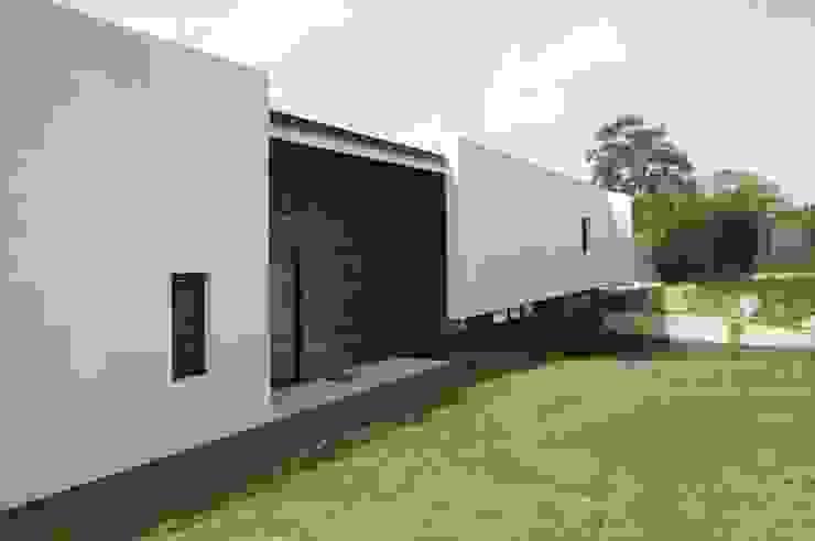 by Pedro Quero Arquitectos Modern