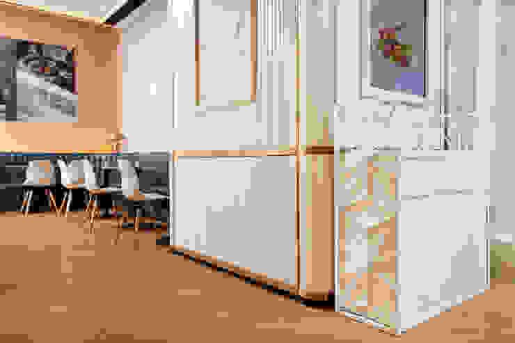 Centros comerciales modernos de Artta Concept Studio Moderno