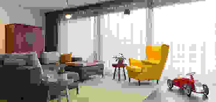 Salas de estilo moderno de Inspiring Concepts Moderno