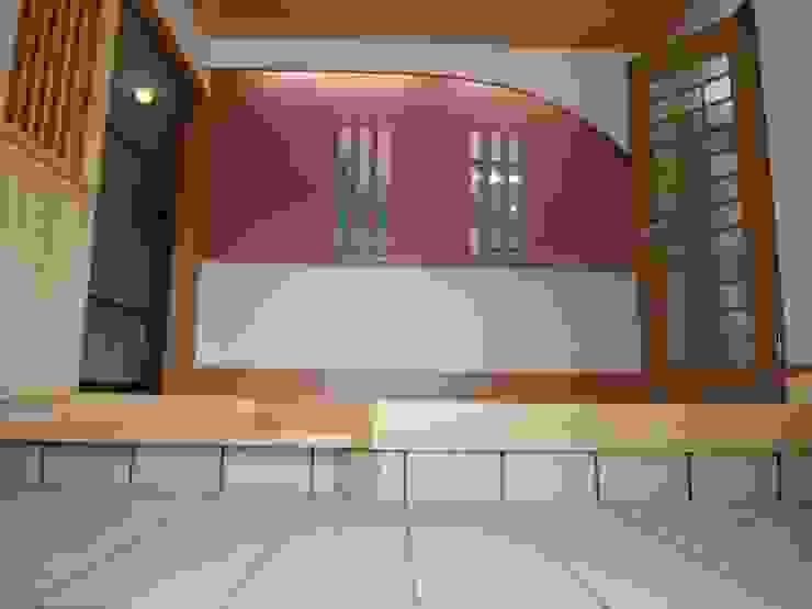 マルモコハウス Dinding & Lantai Modern