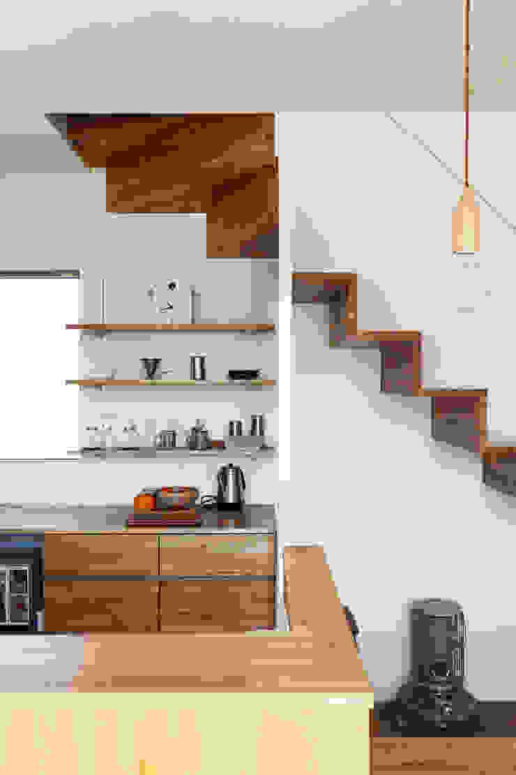 *studio LOOP 建築設計事務所 Kitchen units