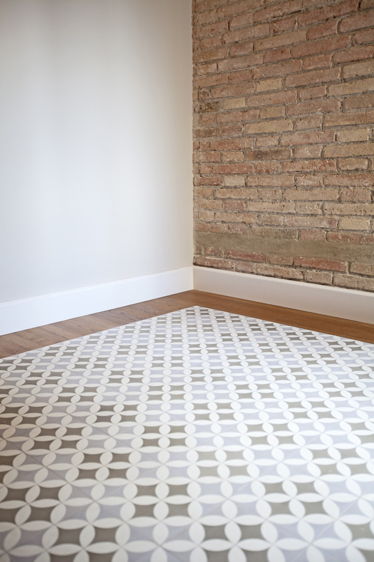 Modern Walls and Floors by Isa de Luca Modern