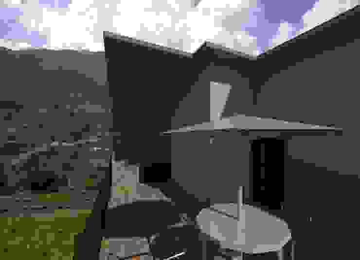 terraza Diseño Store Balcones y terrazas de estilo moderno