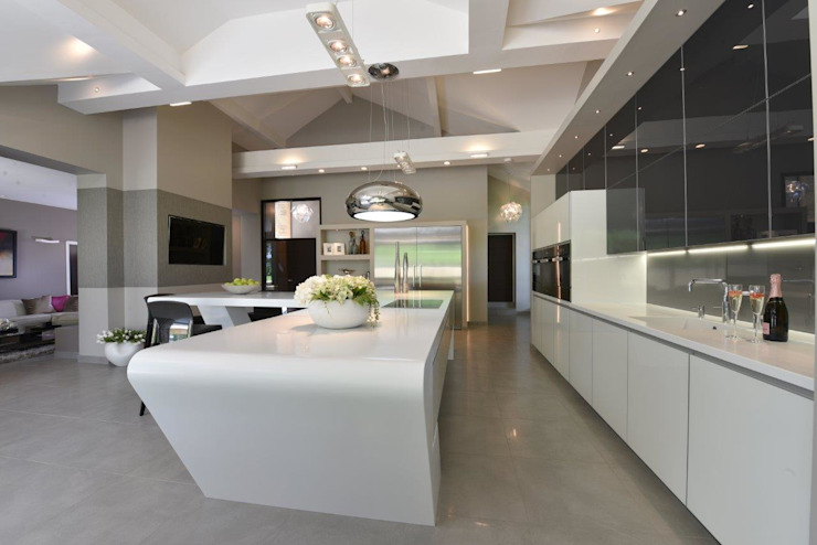 Mr & Mrs McIver by Diane Berry Kitchens Modern