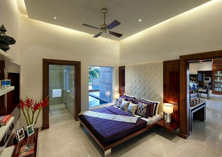 bedroom Modern Bedroom by Evershine construction Modern